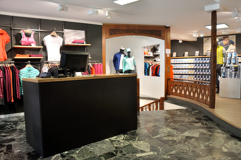 1793f56ec02c Alex Sports Les boutiques - Odlo